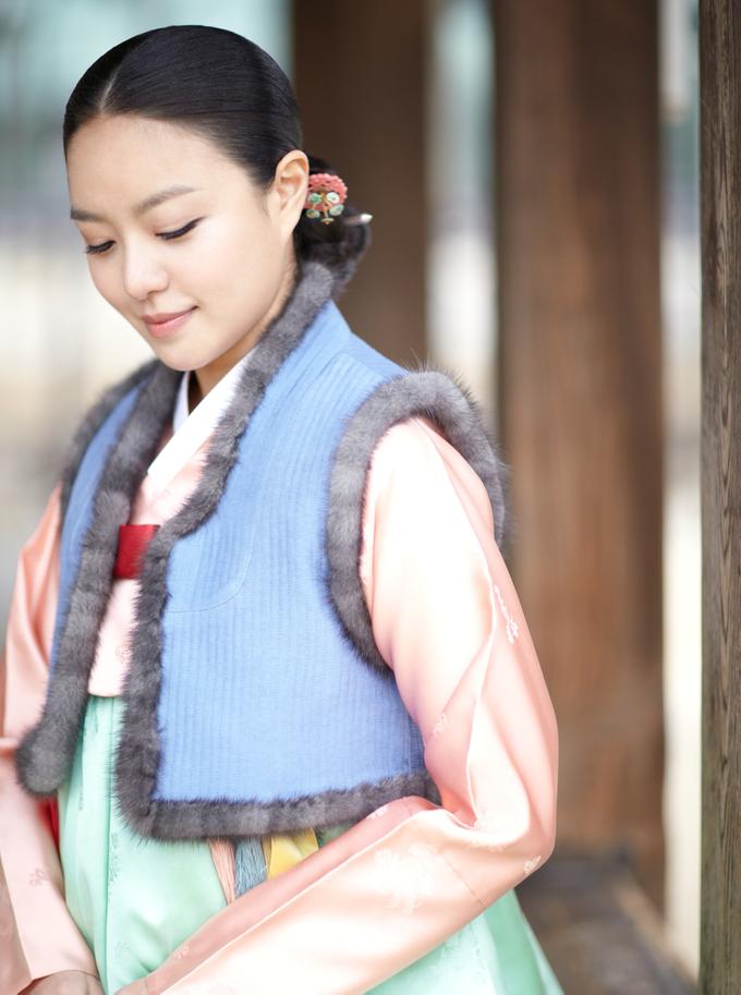 Hanbok (Korean Traditional Clothing) by LesAiles Studio - 004
