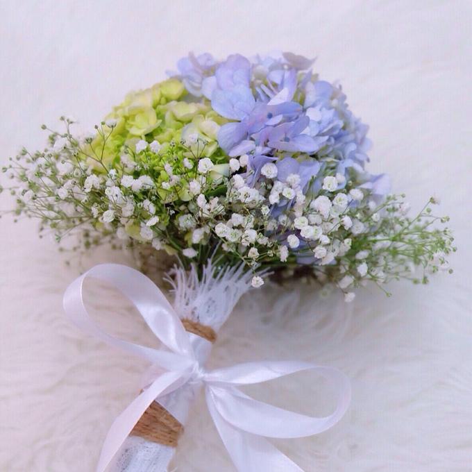 Bridal Bouquet Flowers by Benangsari Flower Studio - 002