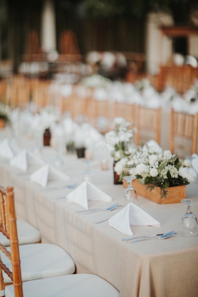 Hendri & Sella Wedding by It's True Wedding Planner and Decoration - 038