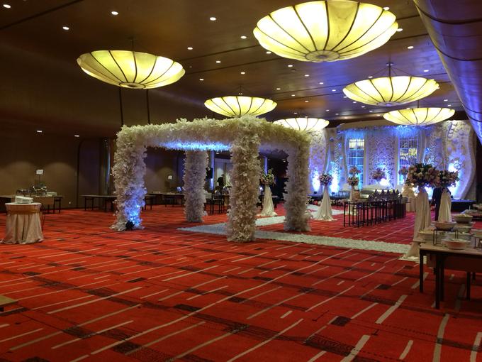 Wedding at City Grand Ballroom Hotel Grand Mercure Jakarta Harmoni by GRAND MERCURE Jakarta Harmoni - 009