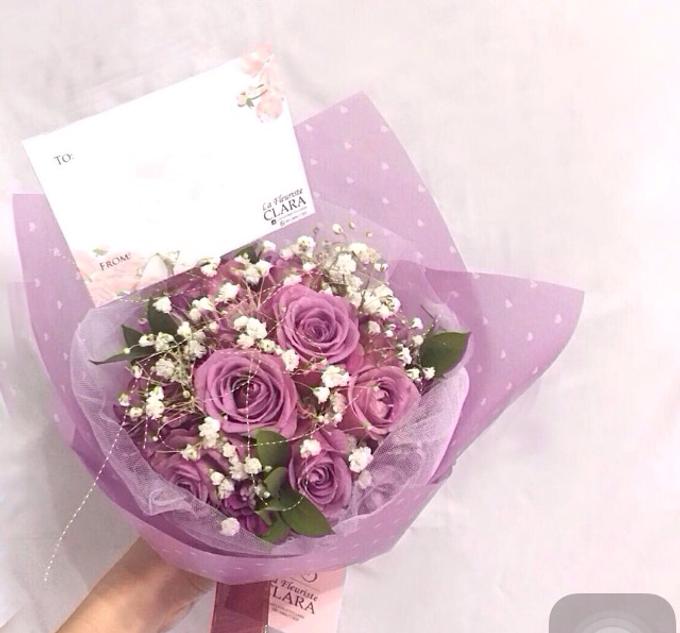 Hand bouquet by La Fleuriste Clara - 005