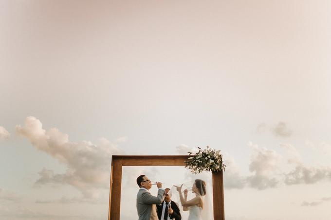 Hendri & Sella Wedding by It's True Wedding Planner and Decoration - 021