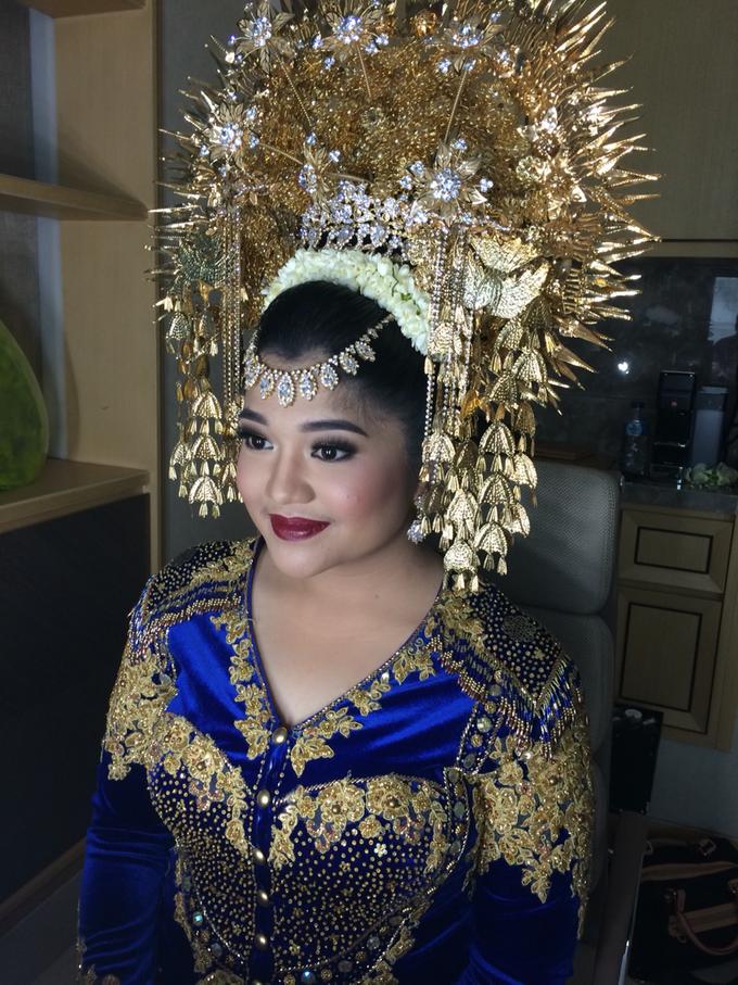 Wedding make up for Tara Rawindra (Javanese Paes& Padang) and Kathya Paramitha (National) by Yoga Septa Make Up Artist - 019