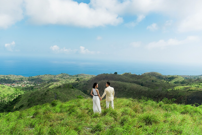 Nusa Penida Prewedding by Gusde Photography - 010