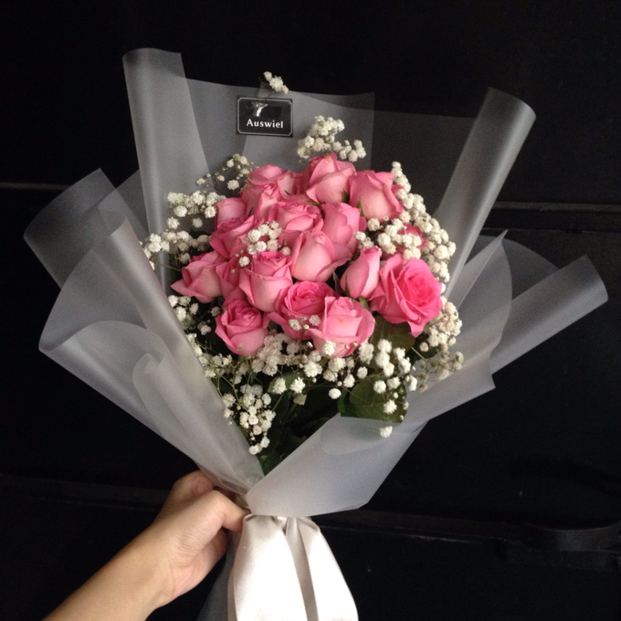 Fresh Flower Bouquet by La Belle Vie flower - 021