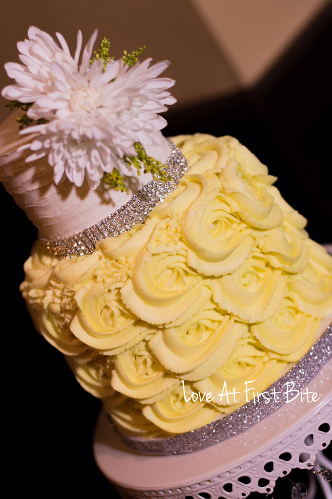 Wedding cakes by Love At First Bite - 006