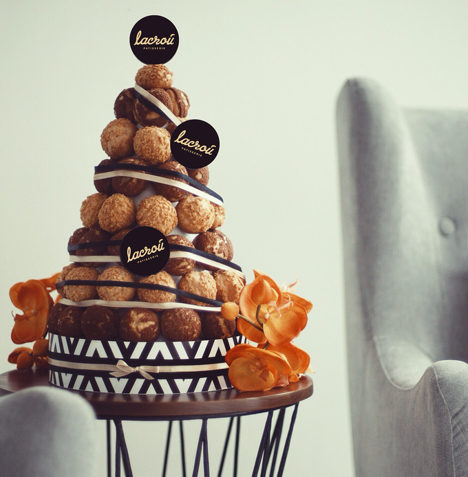 Choux Tower by Lacrou Patisserie - 001