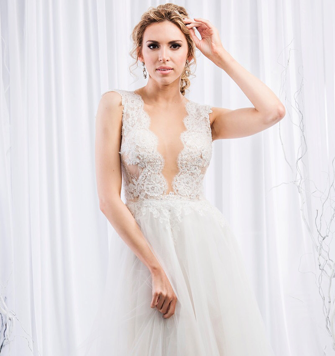 2016  by Sasha Belle Bridal - 008