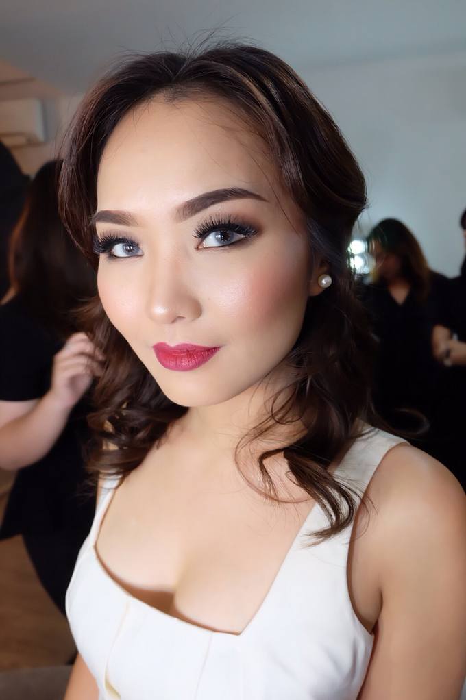 Pre-wedding makeup by Troy Makeup Artist - 015