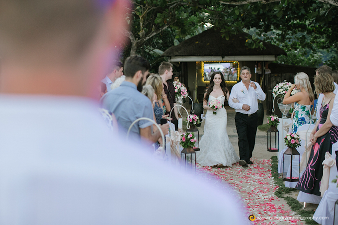 Amanda & Nicholas Wedding by Courtyard by Marriott Bali Nusa Dua - 025