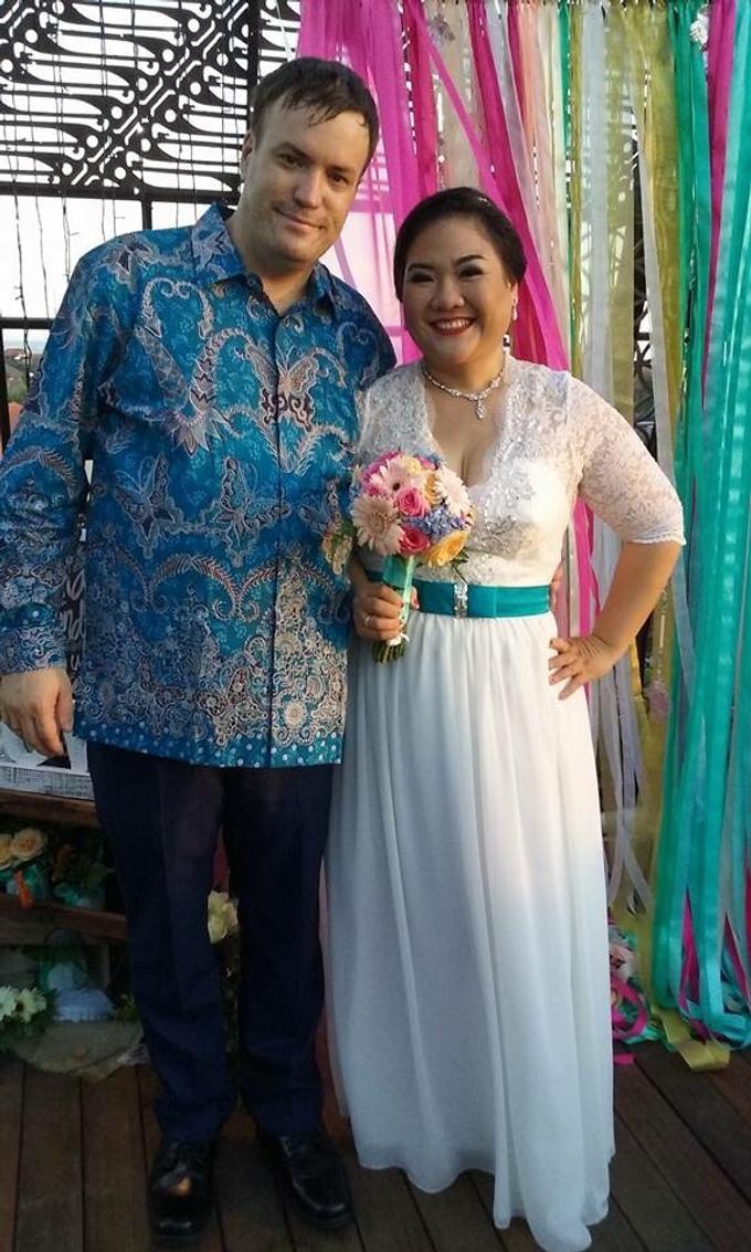 SIMPLE WEDDING DRESS TAIL BISA DI LEPAS by TS BRIDAL BALI - 001