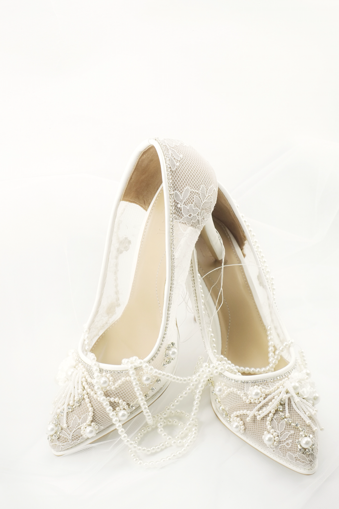 Embellishment on shoes, by CAVA PRIVÉ - 002