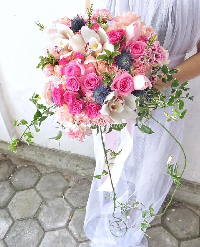 Gardenish pink by Royal Petals - 005