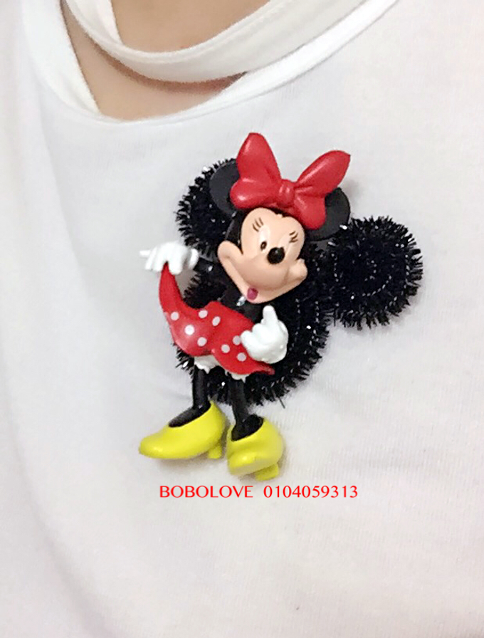 Mickey and Winnie corsage by bobolove cottage - 001
