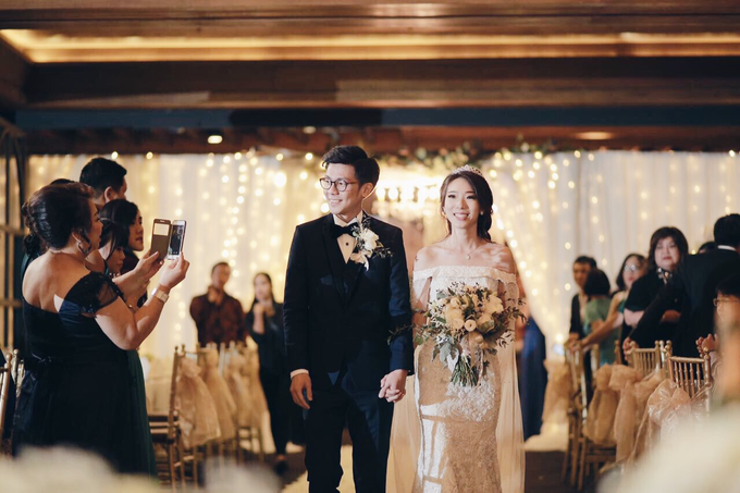 Rustic Wedding : Budi & Agustine Wedding Reception by Elsie Chrysila Brides - 009