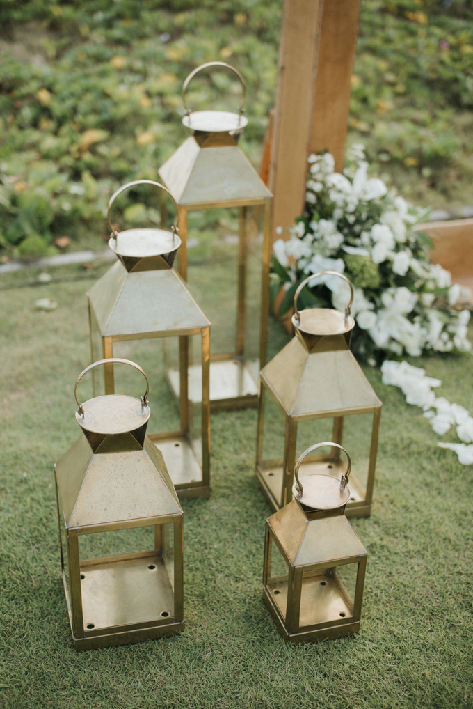 Hendri & Sella Wedding by It's True Wedding Planner and Decoration - 034