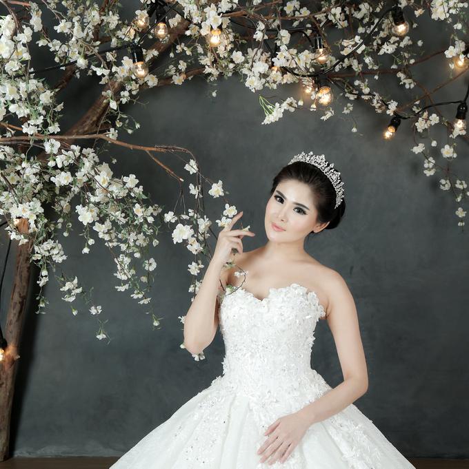 Crown Wedding Dresses