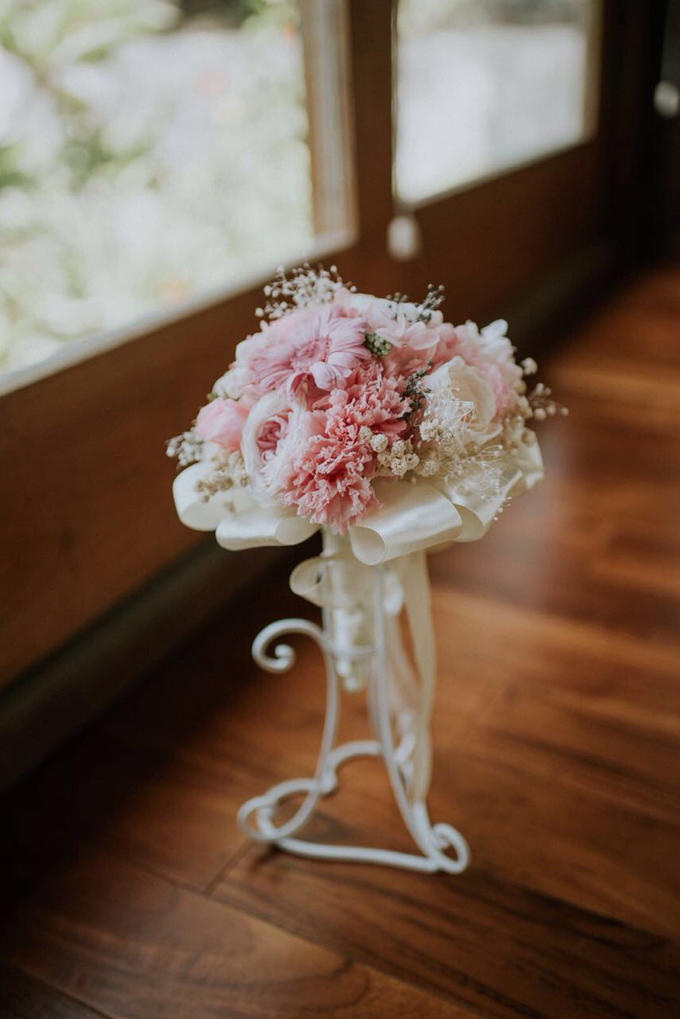 Bridal Bouquet & Boutonnière  by Petal Co. - 009