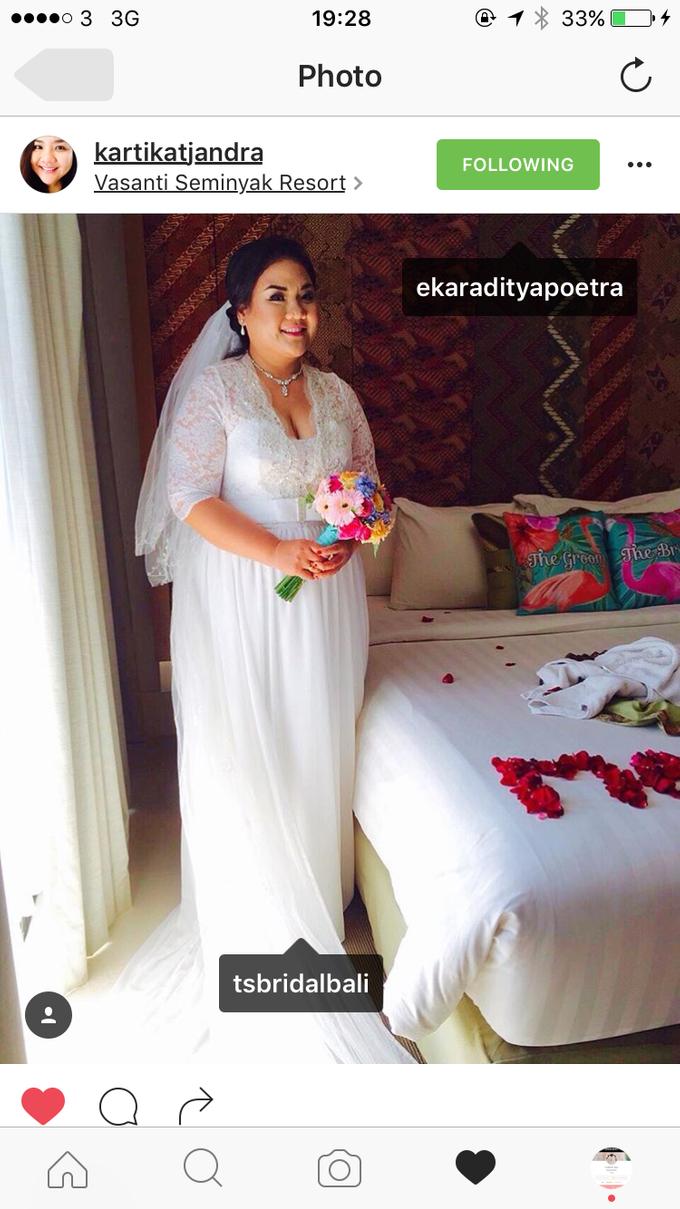 SIMPLE WEDDING DRESS TAIL BISA DI LEPAS by TS BRIDAL BALI - 009