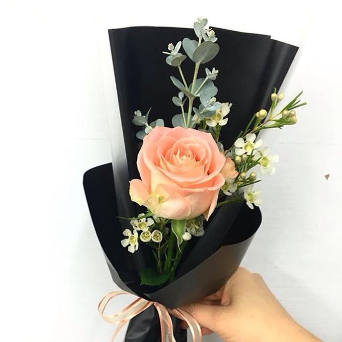 Single Flower by La Belle Vie flower - 013
