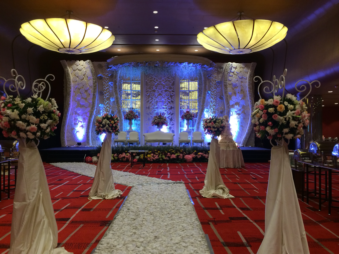 Wedding at City Grand Ballroom Hotel Grand Mercure Jakarta Harmoni by GRAND MERCURE Jakarta Harmoni - 011