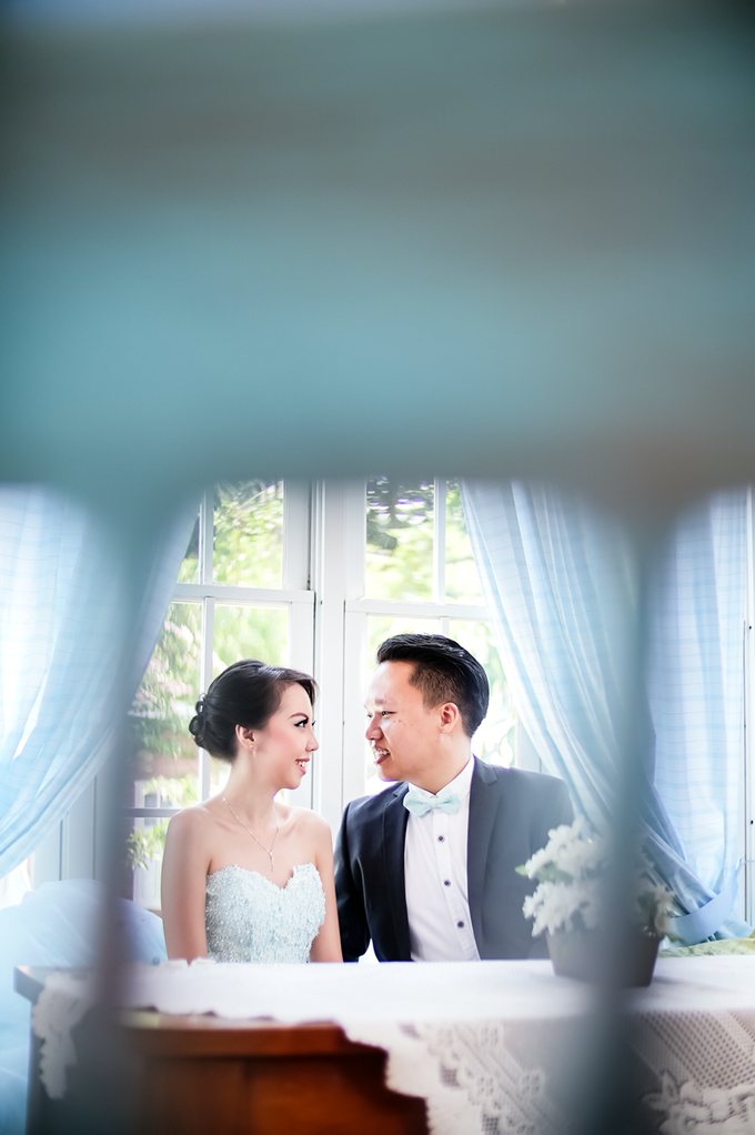 Daniel + Fransisca by Blooming Box Photography - 011