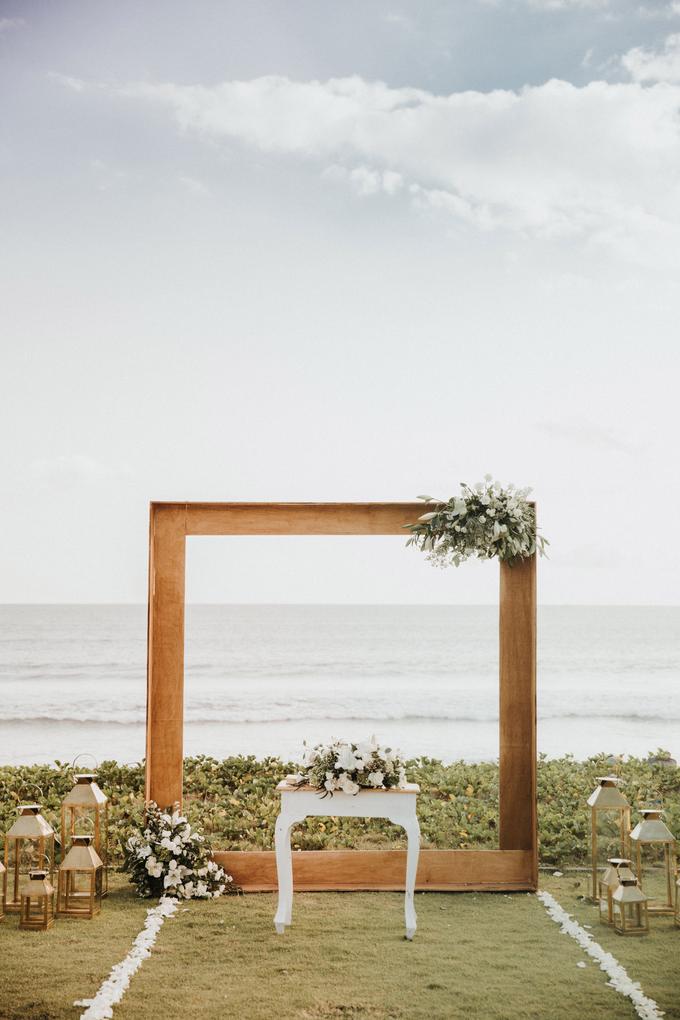 Hendri & Sella Wedding by It's True Wedding Planner and Decoration - 035