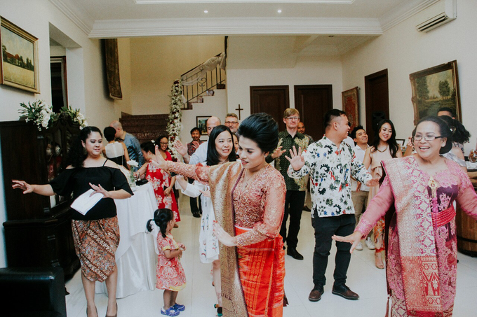 Batak Karo Wedding Dinner Celebration by akar photography - 012