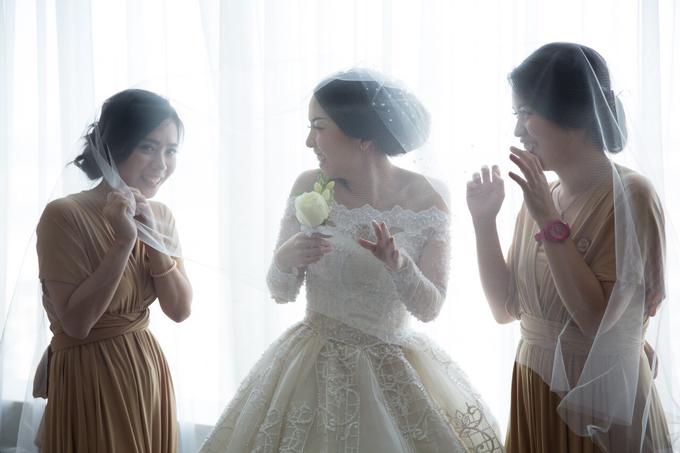 JASON & STEFANI • Glam Champagne by MALVA Bridesmaids - 006
