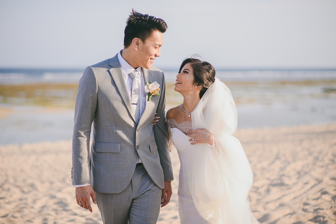 Andy & Vincentia Wedding by Gusde Photography - 019