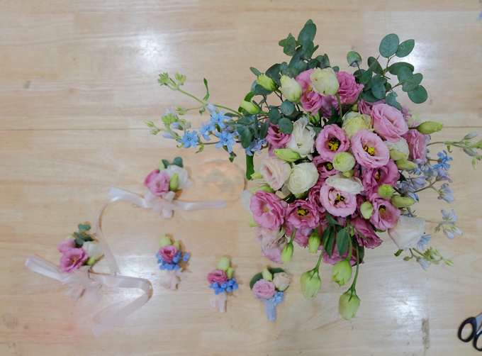 May Bridal Bouquets by La Bloom Florist - 010
