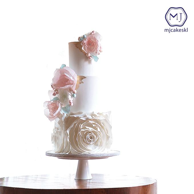 Wedding cakes by MJCakesKL - 005