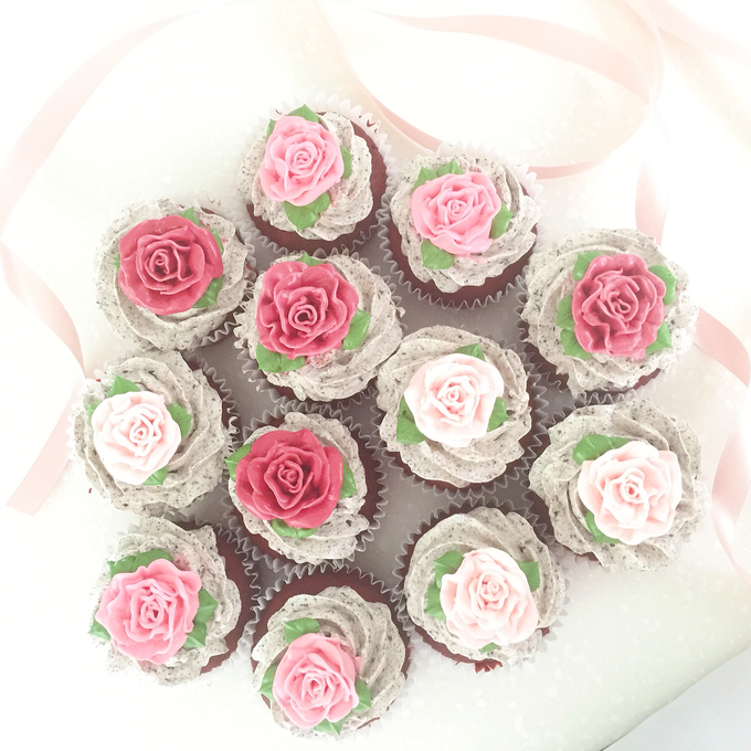 dessert table treats by The Rosette Co - 024