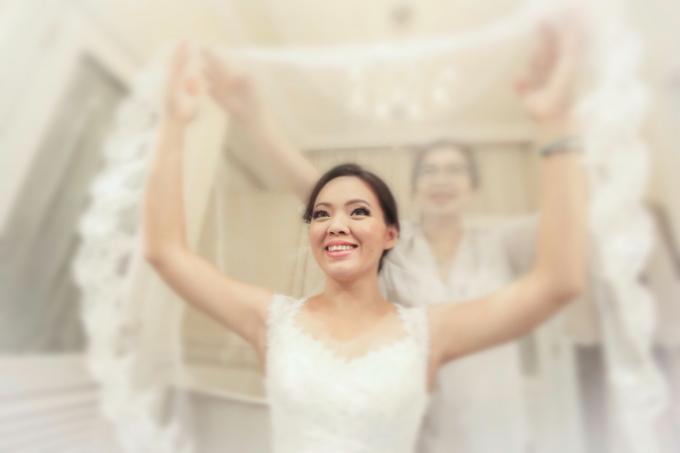 Sam & Ivy's Wedding by YRegina Makeup - 004