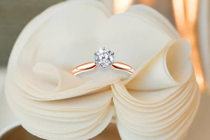 Engagement ring by Passion Jewelry - 001