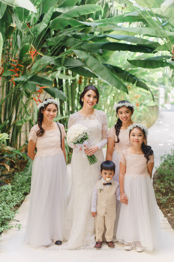 Bali Wedding : Acha & Andy Holy Matrimony by Elsie Chrysila Brides - 012