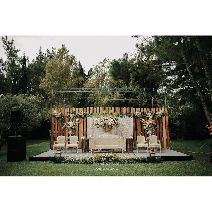 Rustic Garden Wedding by Katakitaphoto - 033