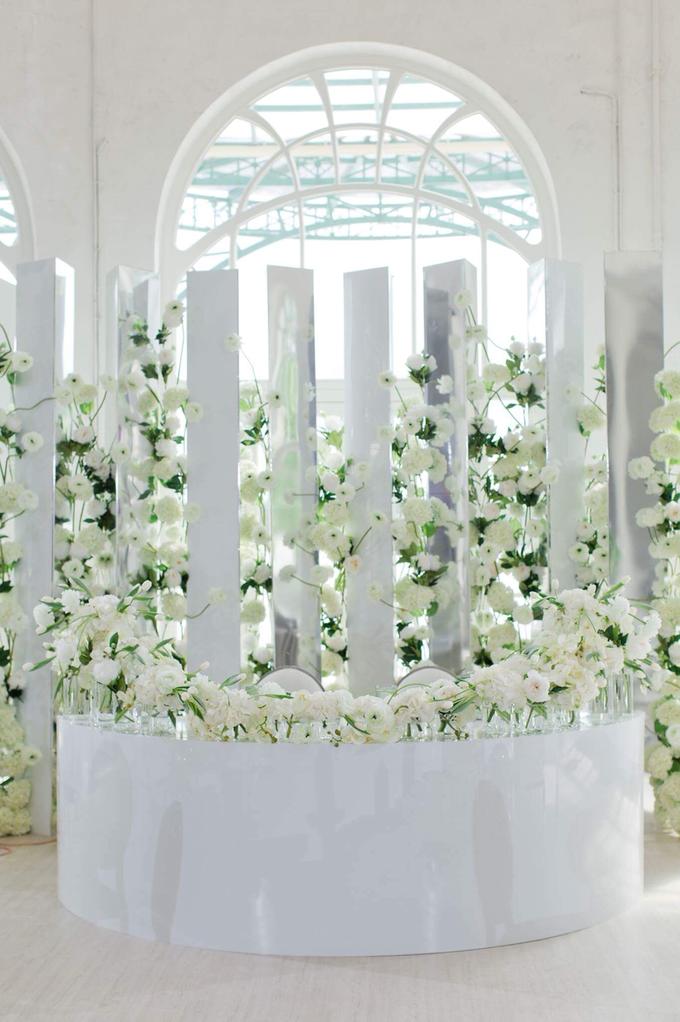 Minimalist wedding in June by Maria German decor - 011