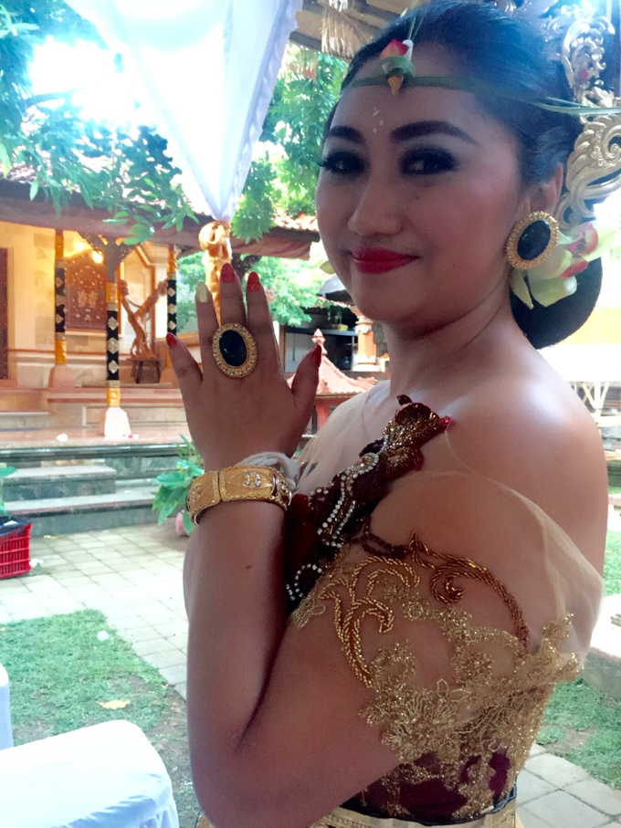 Balinese wedding by kira-kira nail studio - 001
