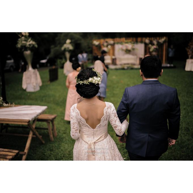 Rustic Garden Wedding by Katakitaphoto - 019