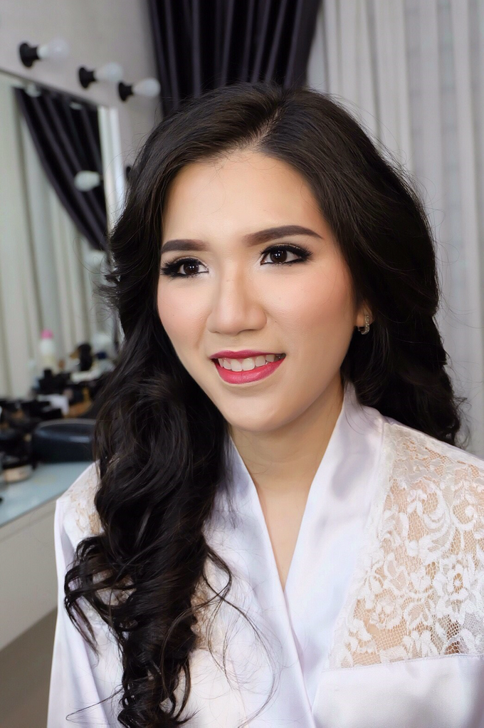 Pre-wedding makeup by Troy Makeup Artist - 005