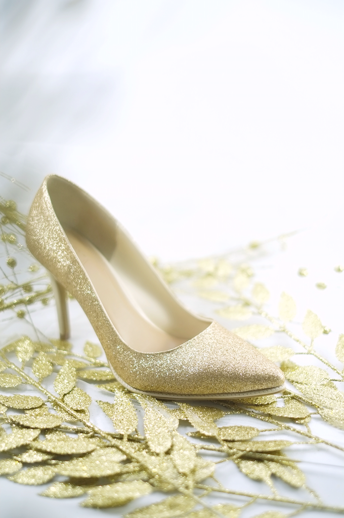 Embellishment on shoes, by CAVA PRIVÉ - 009