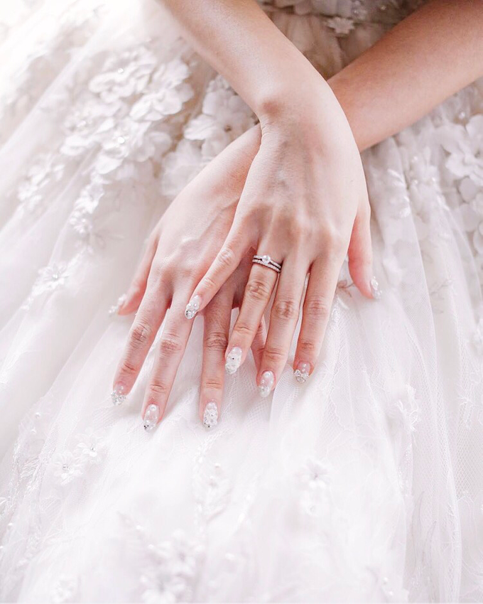Vintage Wedding : Yura & Vanessa Espousal by Elsie Chrysila Brides - 001