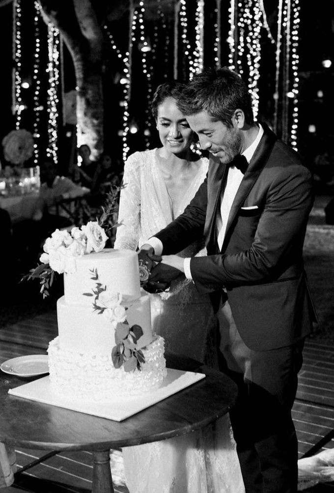 Beautiful Bali wedding of Sepi & Max by Katie Grant Photography - 003