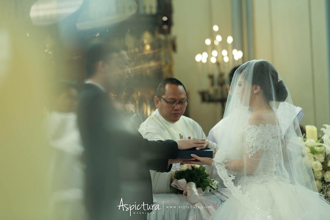 Wedding Day Michael and Dian by de_Puzzle Event Management - 024