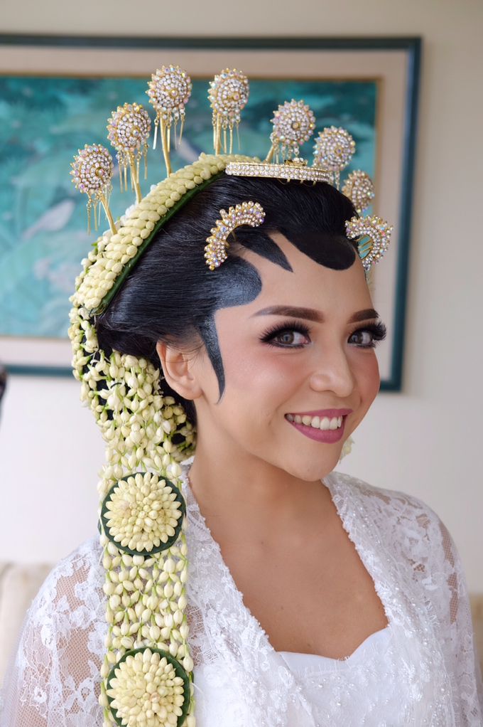 Pascalis Wedding by Nadia Sabrina MUA - 005