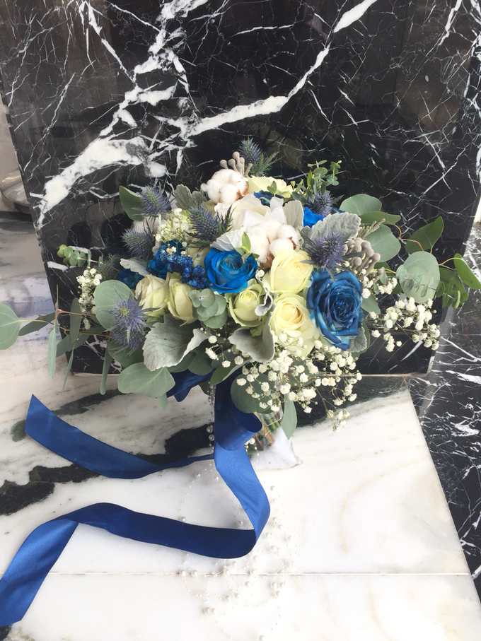 The royal rustic blue by Royal Petals - 004