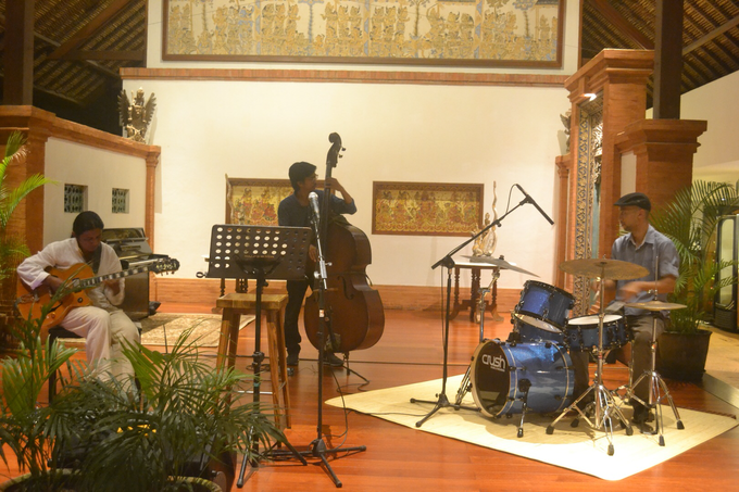 Bali Bossa Jazz Quartet for Dinner & Wedding by BALI LIVE ENTERTAINMENT - 001