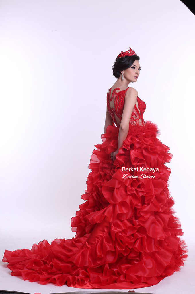 Wedding Gowns by Berkat Kebaya By Devina Shanti - 020