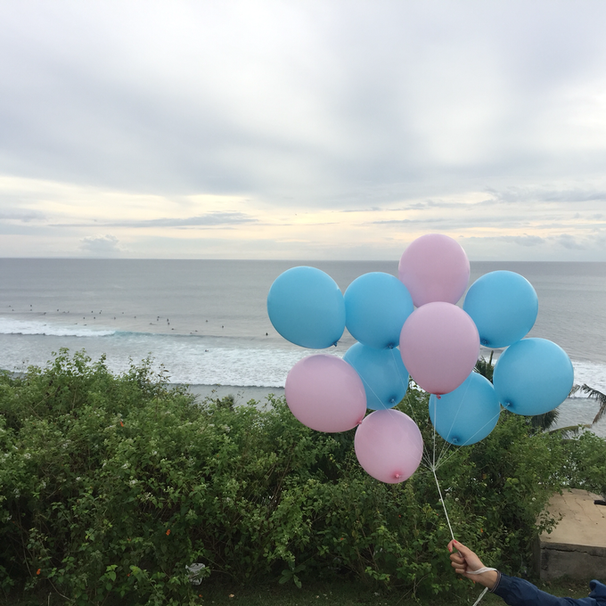 helium balloons by Peony Garden Bali - 010
